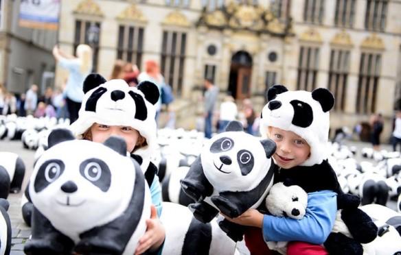 paulo-grangeon-paper-panda-exhibiton-taiwan-98557-750x478